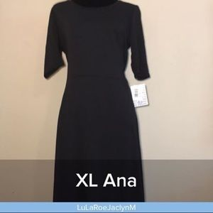 Ana XL  dress solid black!